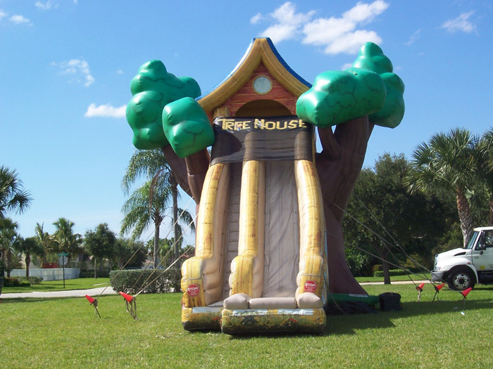Inflatable slides in Broward and Palm Beach, FL